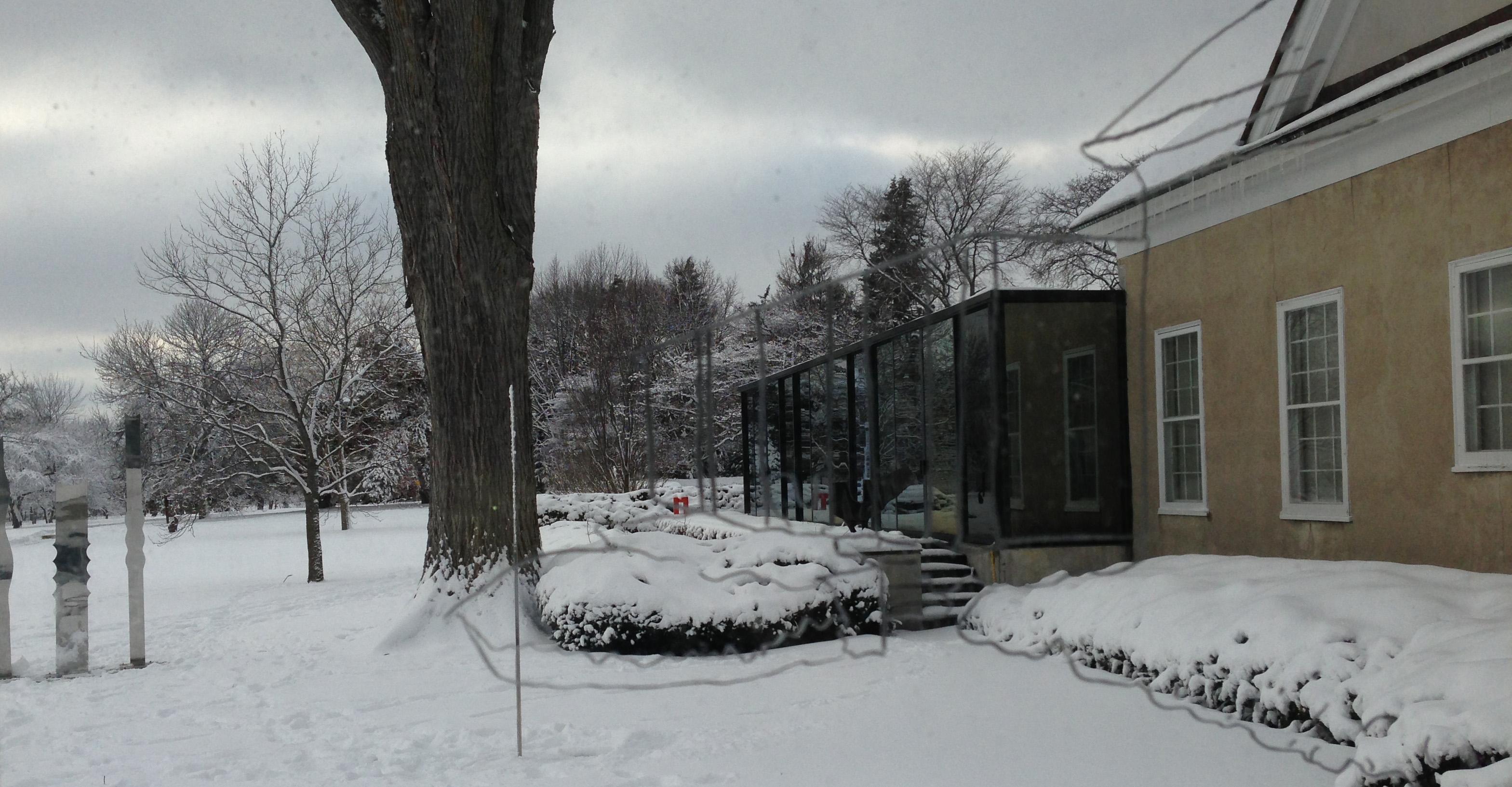 surfacing, glass house
