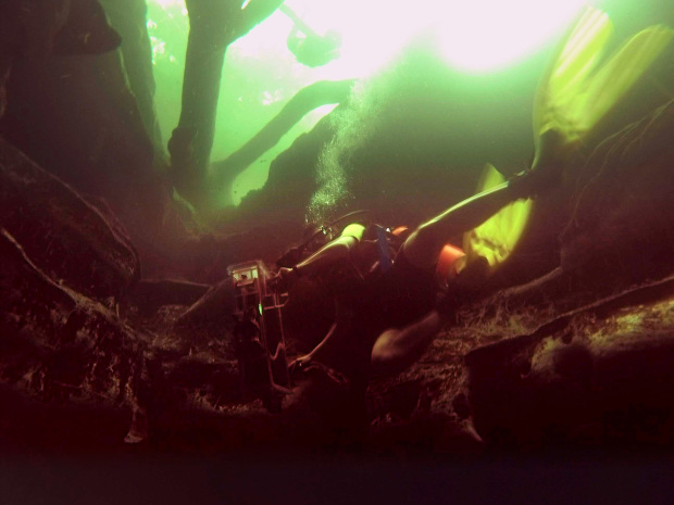 7a-scan-underwater